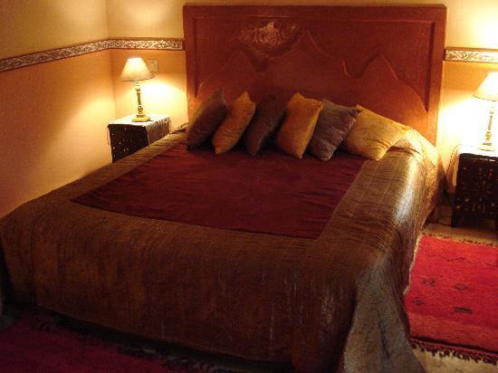 Riad Jona: il letto