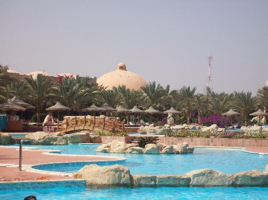 Dream Lagoon: piscine
