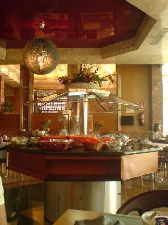 Hotel Isabel: breakfast