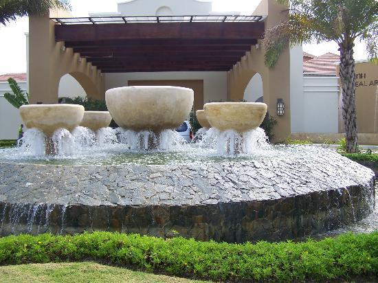 Now Larimar Punta Cana: l' entrée
