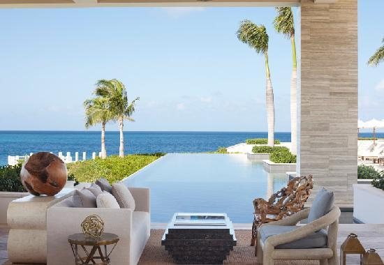 Four Seasons Resort and Residences Anguilla: Sunset Bar