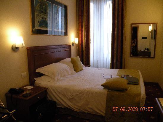 Hotel Milton Roma: habitacion cómoda