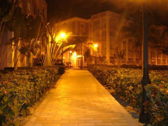 Hotel Riu Montego Bay: Resort grounds