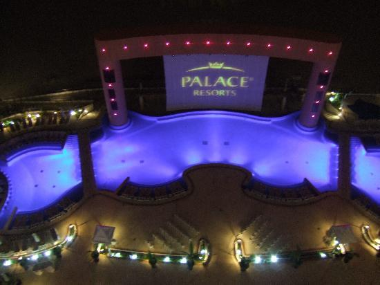 Beach Palace: Night view from terrace of poolside entertainment area