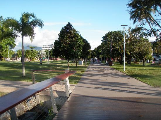DoubleTree by Hilton Hotel Cairns: Esplenade