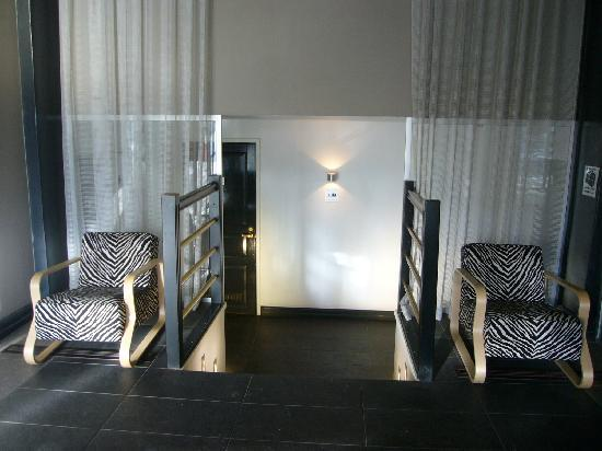Hotel Helka: 1Fレストラン横のトイレ