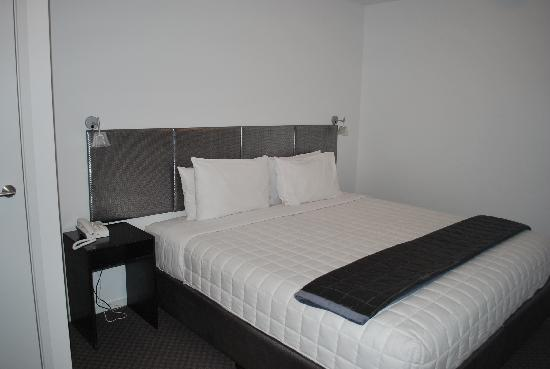 Waldorf St. Martins Apartment Hotel: Bedroom 2