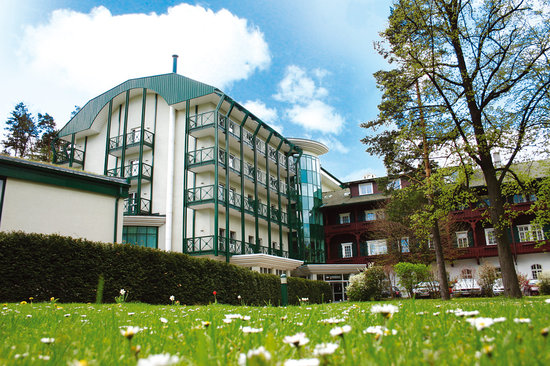 Photo of Hotel Schneeberghof Dürnstein