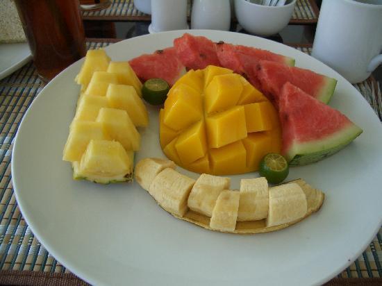 Panglao Regents Park Resort: Obst Frühstück incl. Kaffee,Cold Drink,Toast,Butter und Marmelade