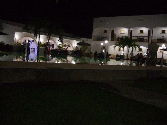 Panglao Regents Park Resort: Resort