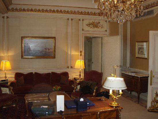 Ritz Paris: salon de la suite Elton John