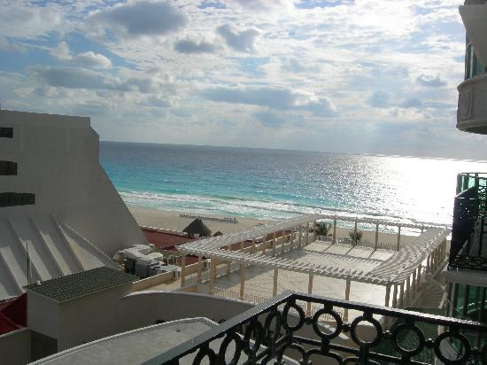 Sandos Cancun Lifestyle Resort: View #1 from the Room