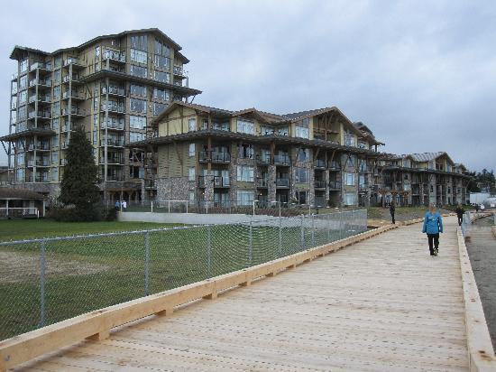 Beach Club Resort - Bellstar Hotels & Resorts: Boardwalk