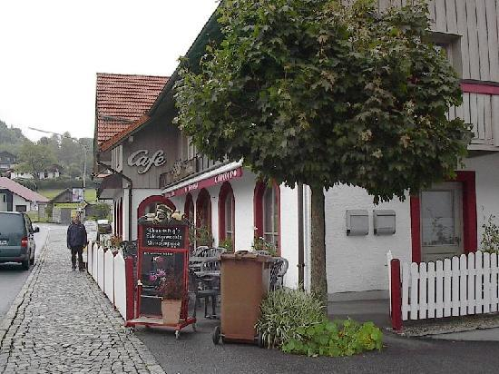 Mauth, Deutschland: the coffeeshop, icecream, backery aso