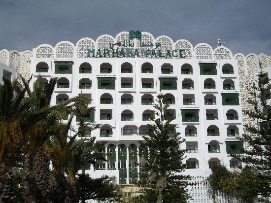 Marhaba Palace Hotel: Front Of Hotel