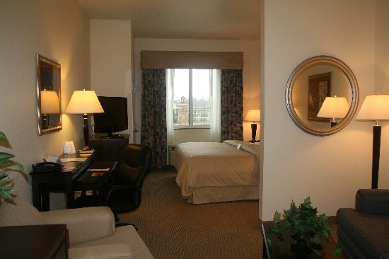 Best Western Plus Seabrook Suites: King Suite
