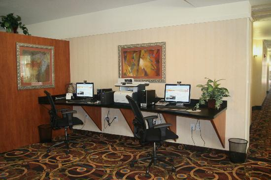 Best Western Plus Seabrook Suites: Business Center