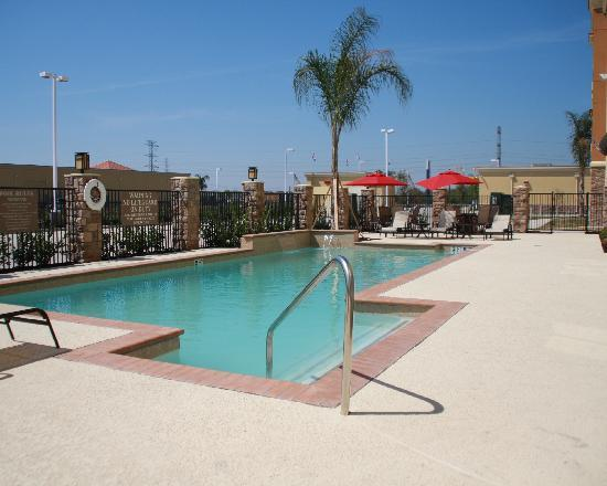 Best Western Plus Seabrook Suites: Pool Area