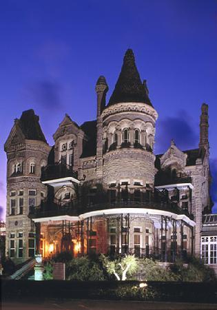 Best Western Plus Seabrook Suites: Galveston Bishops Palace