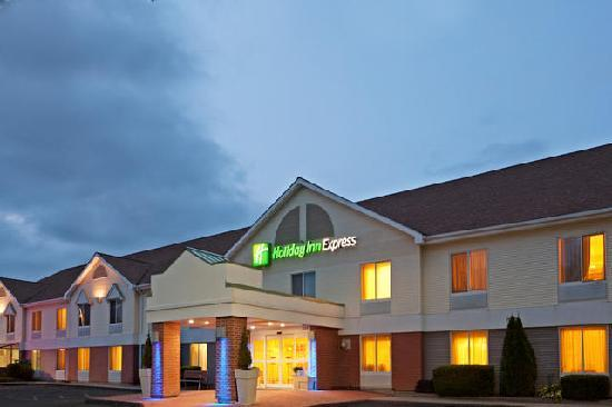 Welcome to the Holiday Inn Express Keene, NH