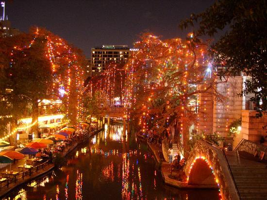 River Walk: different view of the RiverWalk during the holidays
