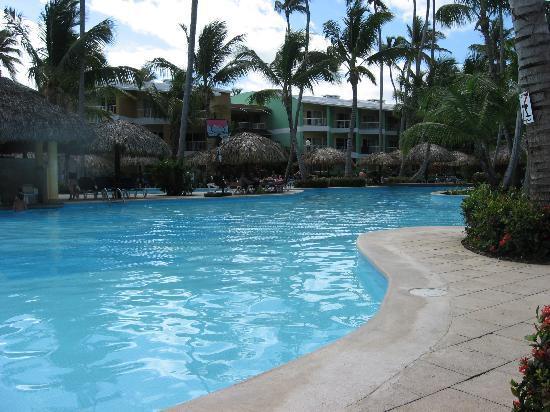 Grand Palladium Punta Cana Resort & Spa: our pool