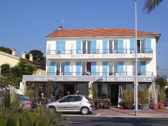 Hotel Le Vanillé: hotel visto dal lungomare