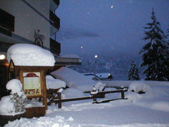 La torretta Hotel: Esterno D'Inverno