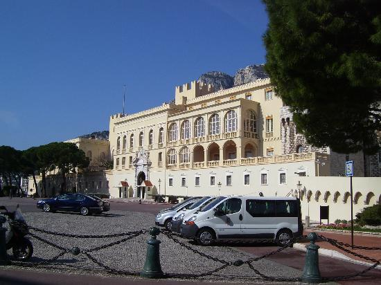 Prince's Palace: Il castello