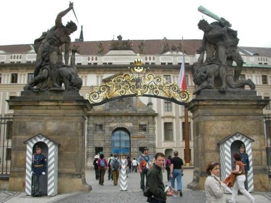 Praha Slott: Welcome to Prague Castle