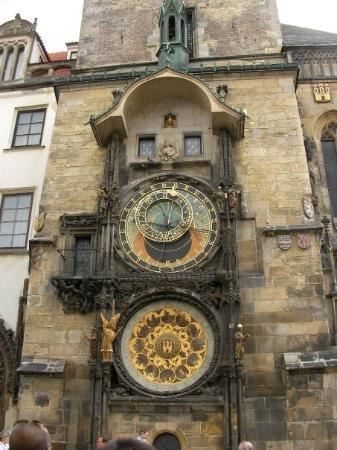 Old Town Hall and Astronomical Clock: Astronomical Clock....I spent some time trying to study it but couldnt