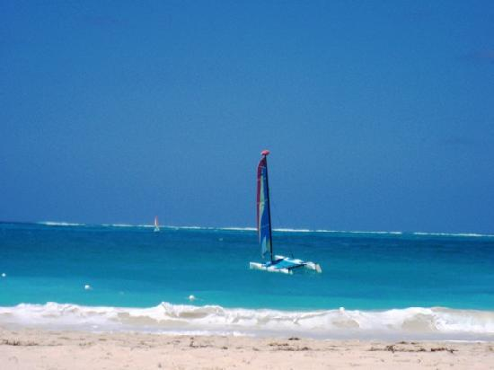 Club Med Turkoise, Turks & Caicos: Plage & Sailing zone