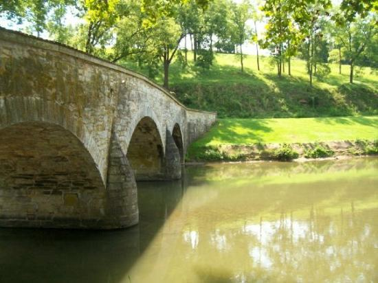 Antietam National Battlefield: North side of Burnside Bridge, showing one of two possible directions that Union forces would ha