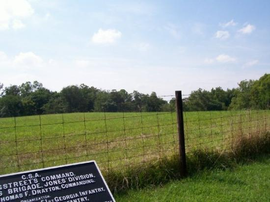 Antietam National Battlefield: Looking north-west from Longstreet's line.  The field behind the fence is private property, thou