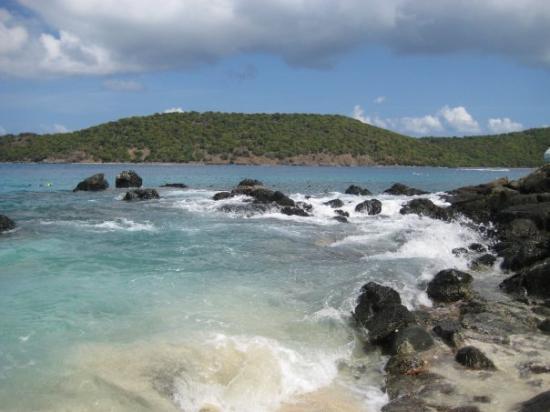 ST. THOMAS: Coki Beach