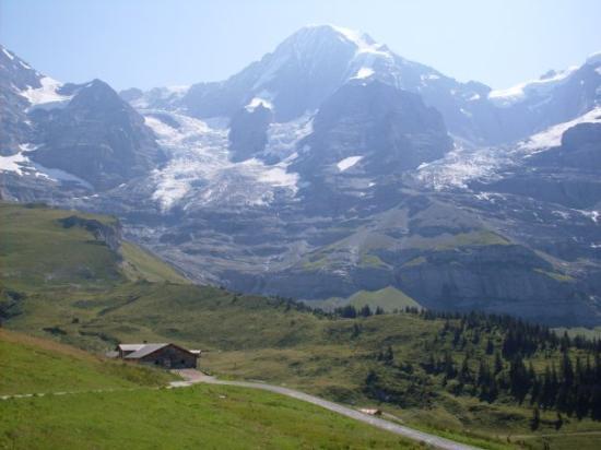 Interlaken, Sveits: schweiz <3<3