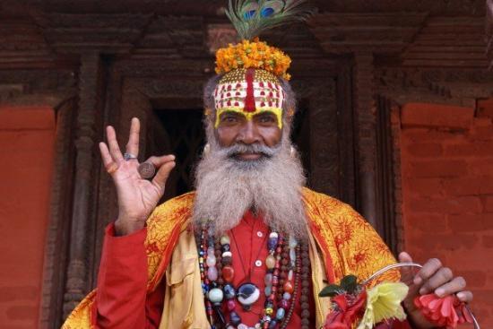 Durbar Torg - Kathmandu: Kathmandu, Nepal, 'Holy' man in Durbur Sq.