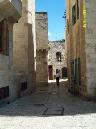 Barrio Judío (Cardo): My favourite picture that I've taken. In Old Jerusalem somewhere