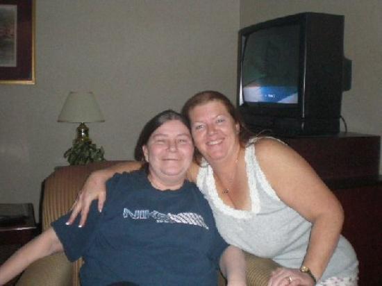 Columbus, OH: My mom and Elizabeth ~BFF~