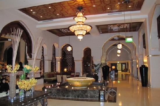 Palace Downtown: Palace lobby