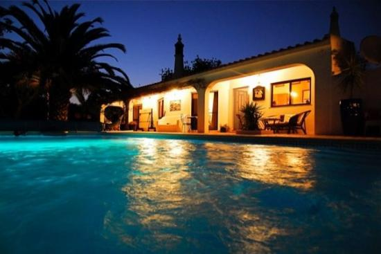 Albufeira, Portugal: Nighttime at Hooper's Villa, Portugal