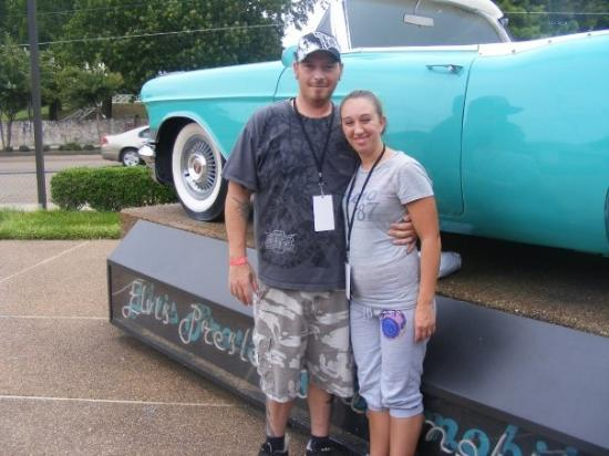 Memphis, TN: ME N MY HUSBAND AT GRACELAND PLAZA