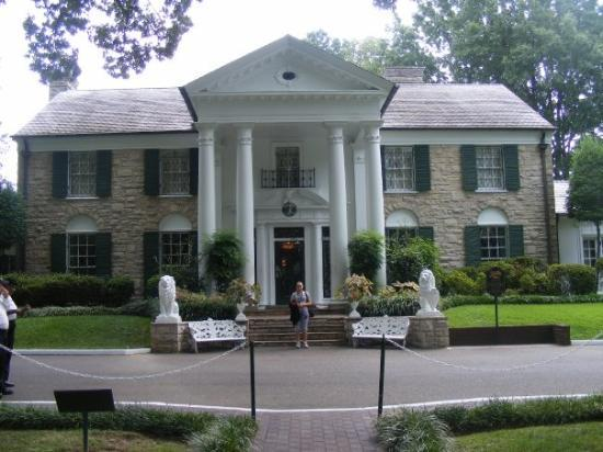 Memphis, TN: THE MOST BEAUTIFUL MANSION EVER. I ABSOLUTLEY LOVED THIS PLACE. ITS AMAZING