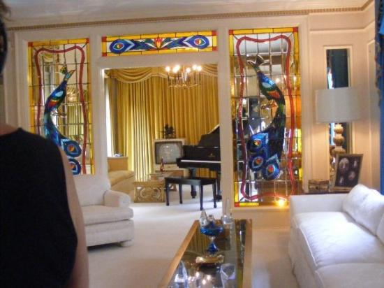 Memphis, TN: Inside the Mansion!