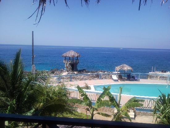 Negril Escape Resort & Spa: View from our room