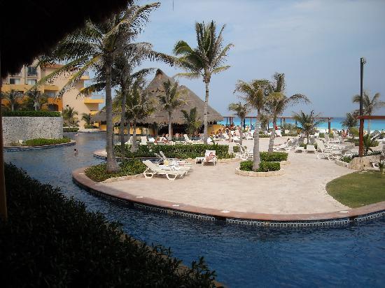 Fiesta Americana Condesa Cancun All Inclusive: pool2