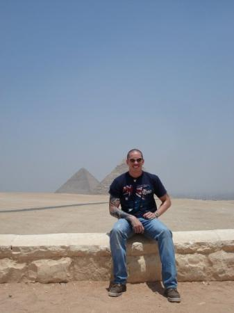 Sphinxen: The two big pyramids