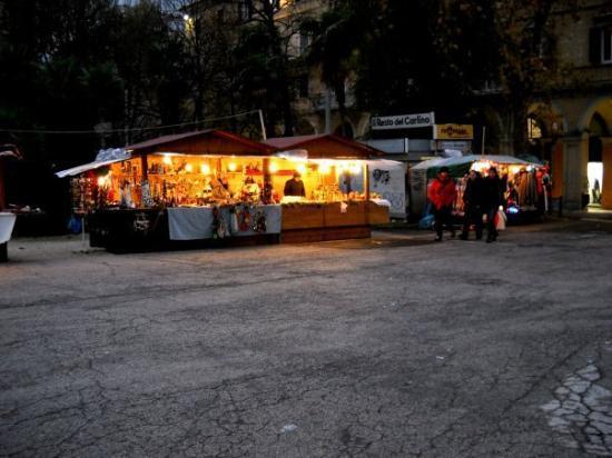 Ancona, Italia: christmas market