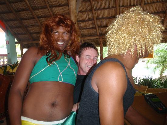 Hotel Roc Santa Lucia: cute 'GIRLS'?