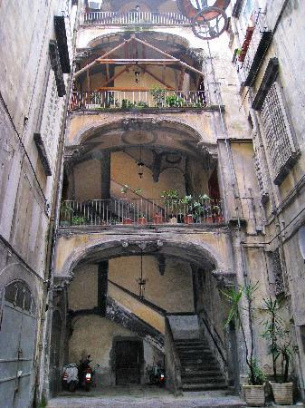 Le Stanze del Vicere': Amazing staircase